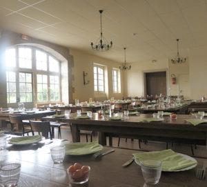Salle pour repas de groupe nombreux - Château de la Flocellière